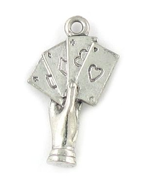 Hand With Cards Charm (±24.5x15x4mm; -1.5mm-;3D)