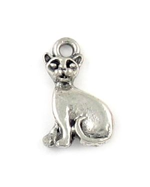Wholesale Sitting Cat Charms.